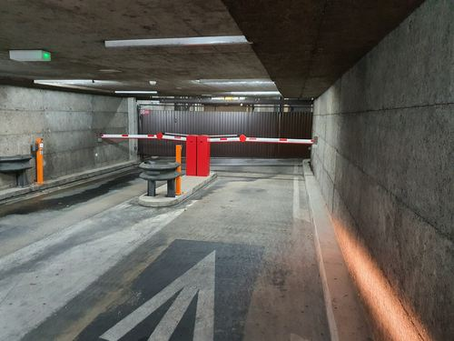 Parking Interieur Aeroport Geneve